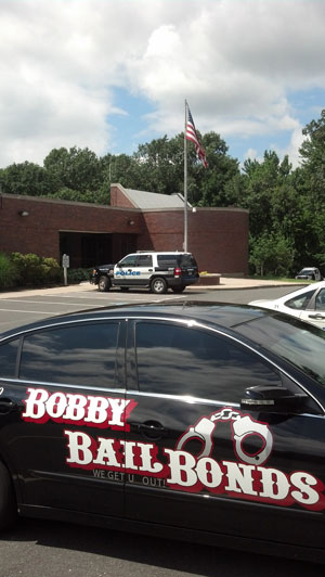 Bobby Bail Bonds provides 24-hour service to South Windsor