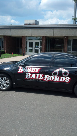 Bobby Bail Bonds offers 24-hour service in Windsor